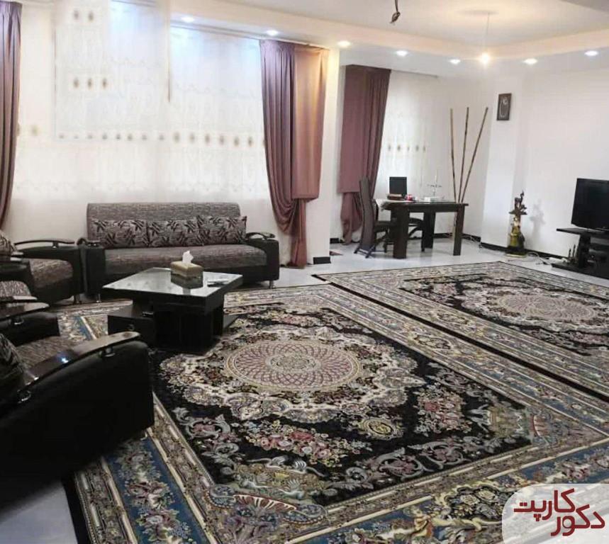 نمای فرش ۱۲۰۰ شانه هایبالک طرح فلورا سرمه ای